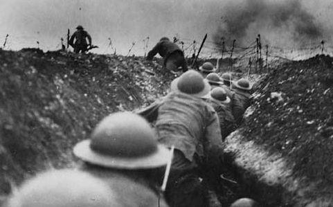 Nigel Jones '1915 : a new sort of war'
