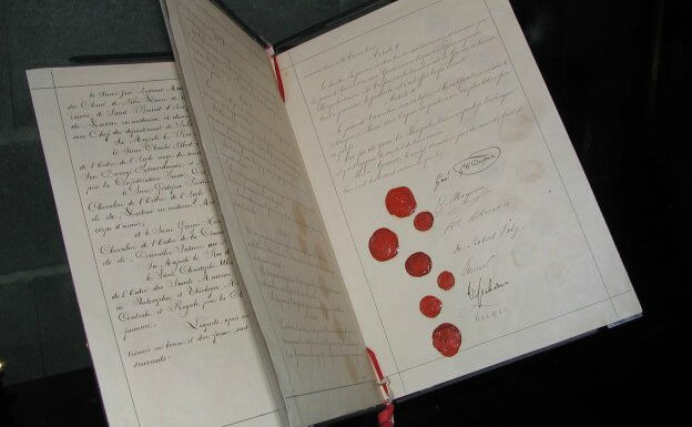Histories of the Red Cross Movement: Continuities and Change