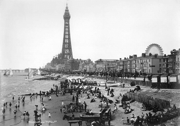 By the Seaside: The Beach 1700-2000