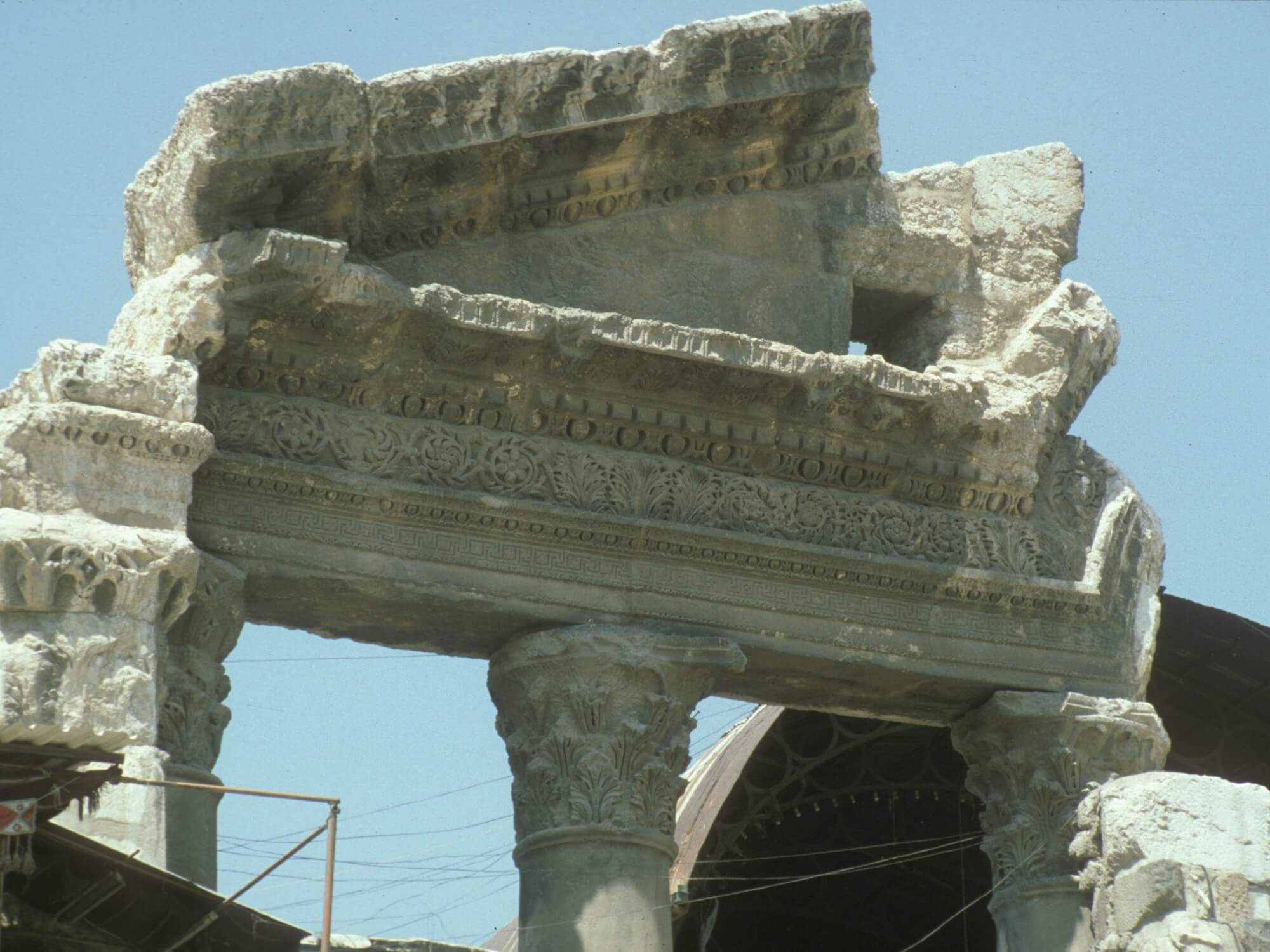 Heritage Protection and Military Necessity? The 'Monuments Men' and the Allied Bombing of Pompeii