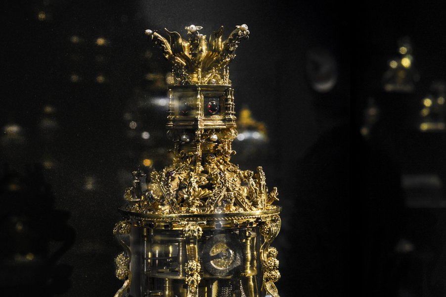 A Royal Treasure and its Role in the Renaissance Court: The Royal Clock Salt