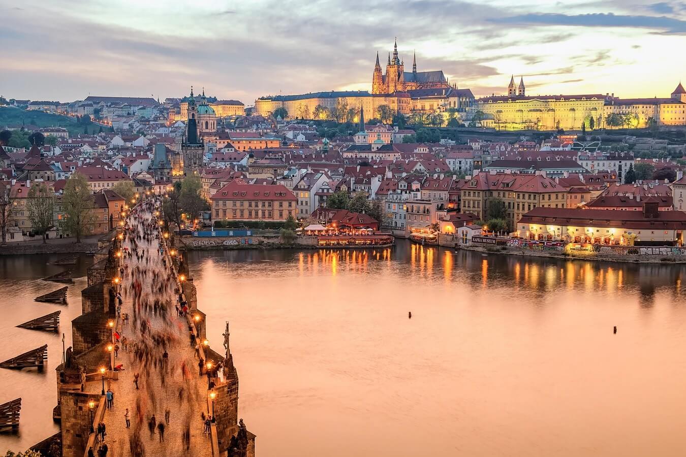CfP: U.K. Czechoslovak Studies Network Conference: Reimagining 'The Heart of Europe' - deadline 8 August
